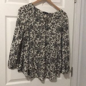 Long sleeve black and white floral